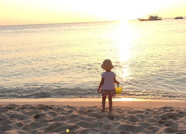 kid-on-beach-1