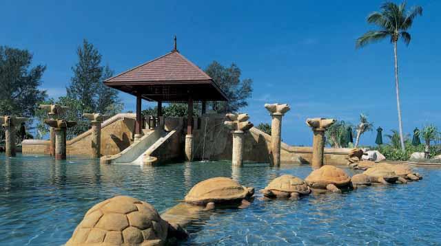 kids pool at luxury family-friendly resort JW Marriott Phuket