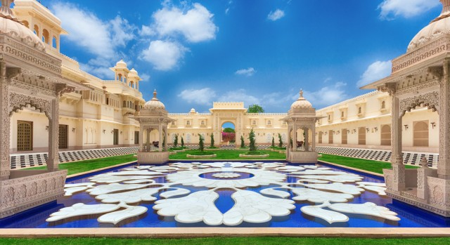 Lily Pond at the Forecourt  - The Oberoi Udaivilas, Udaipur