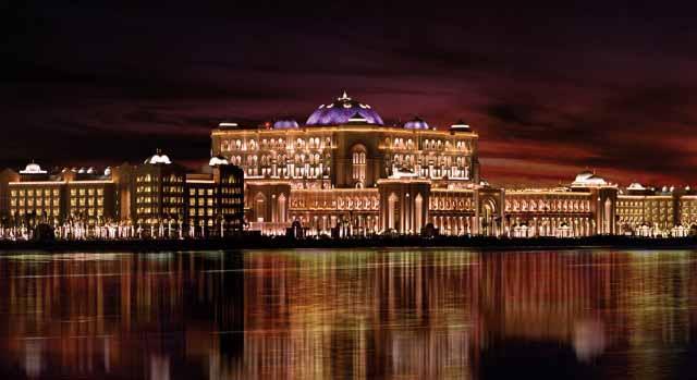 palace_night_vertical