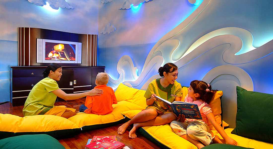 Kid friendly bali hotel with mandy intercontinental bali for Family hotels bali