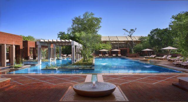 spa-pool-day-kaya-kalp-the-royal-spa-itc-mughal